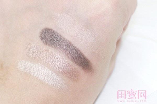 【闺蜜体验团】眼窝骨干和睫毛膏示范一个简单的妆容插图3