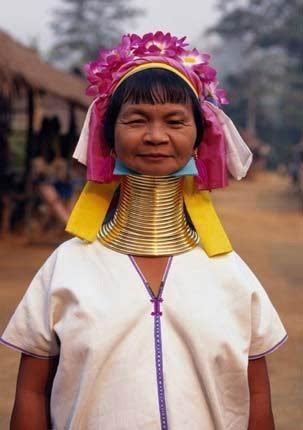 全球27个女人之最:美女竟有四个乳房