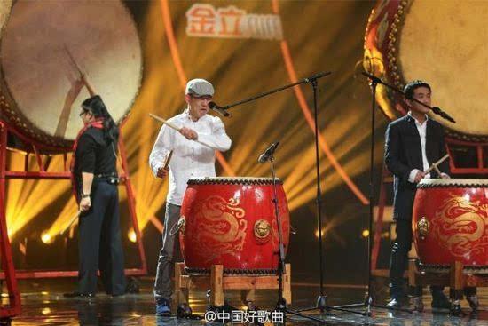 ...张楚和赵牧阳合作了《姐姐》23年后两人再度在好歌曲同台合...