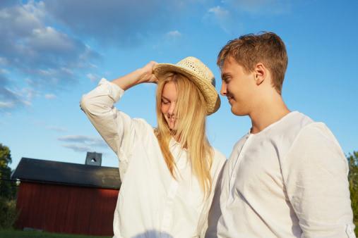 男女分手囹�a�e+��_婚姻or分手 同居的尽头是什么?