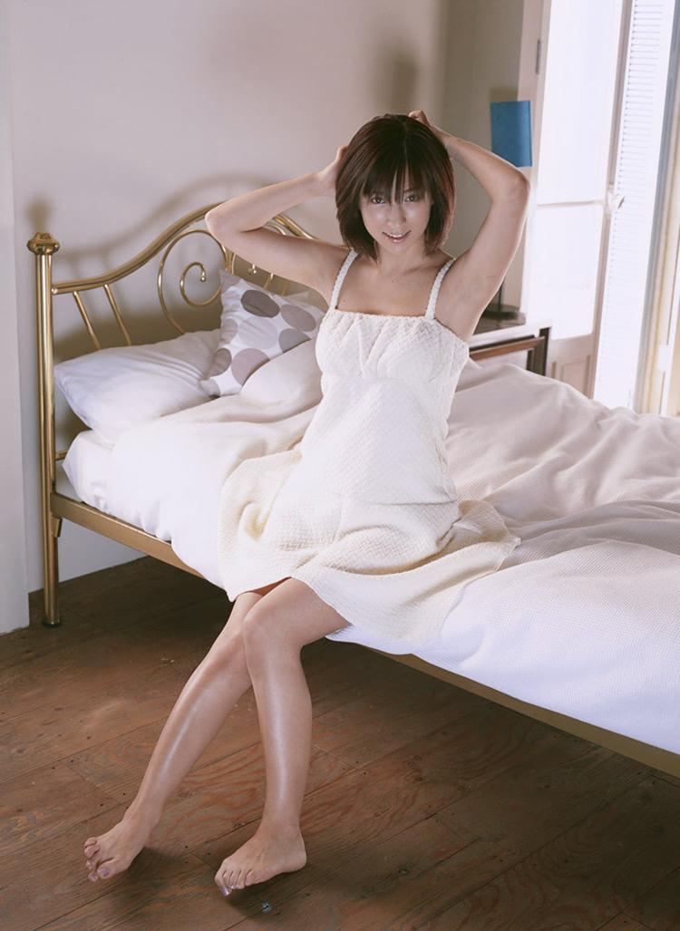 丰乳肥臀操逼乱伦夜夜撸_她的性感不是丰乳肥臀的纯粹,更是那种邻家女孩的平易近人.