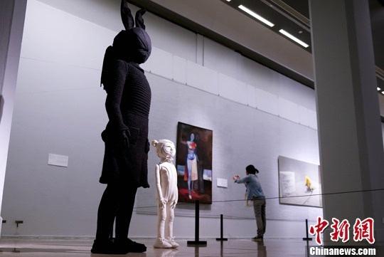 """""""生活状态:全球环境中的波兰当代艺术""""在中国美术馆展出/图图片"""