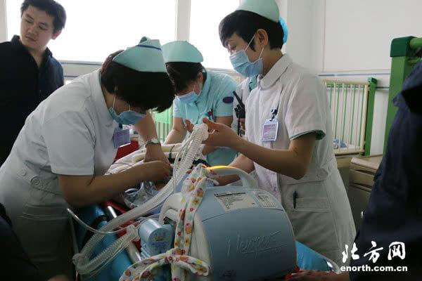 天津市第二儿童医院开展危重患儿转运模拟演练