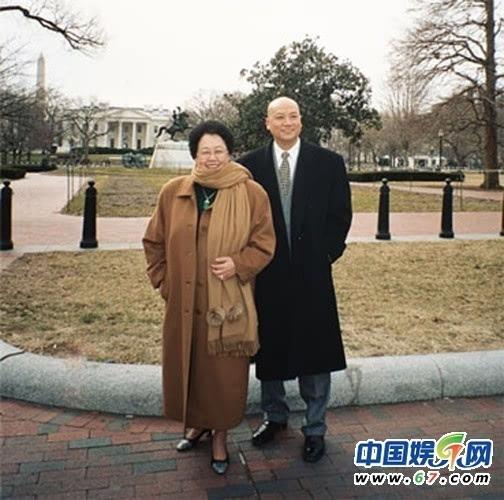 娱圈富婆:迟重瑞妻子身家365亿 李小璐美国开