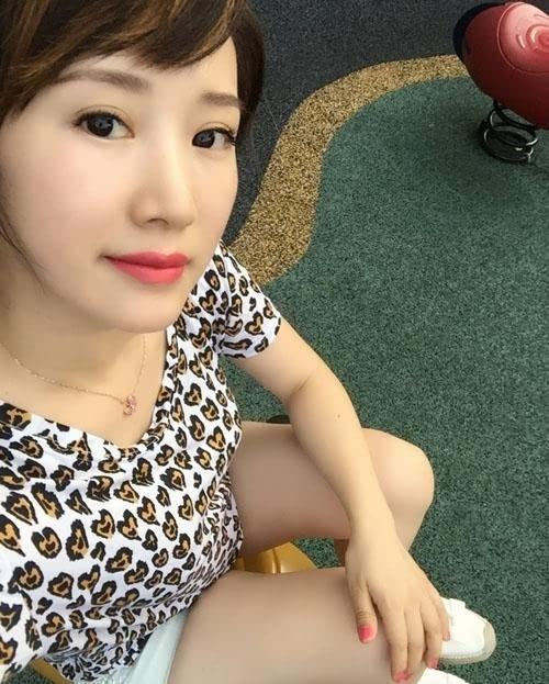 5月30日是内地演员李念的30岁生日,她也在微博晒出自己的自拍