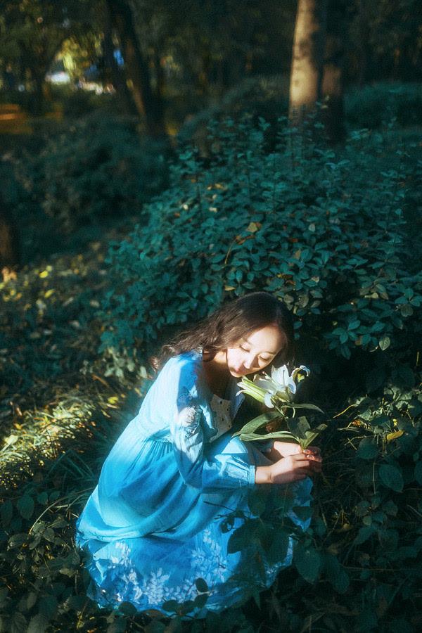 唯美小清新森系女生伤感意境写真