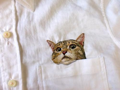 """日本主妇手工刺绣""""口袋猫""""逼真如照片"""