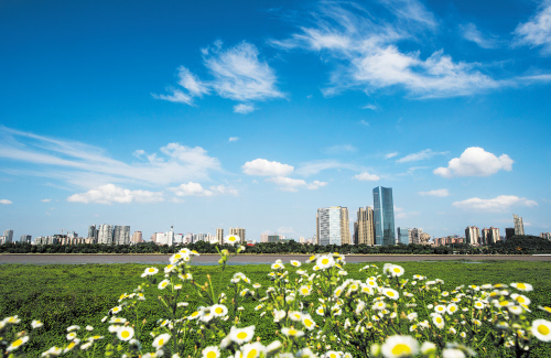 上半年城市空气质量总体改善