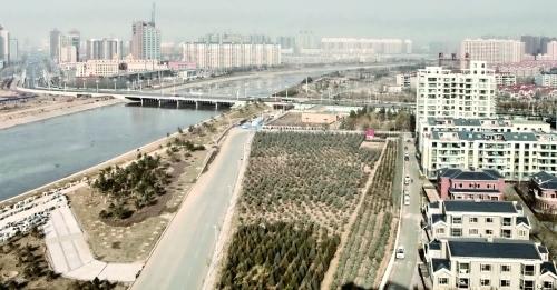 呼和浩特市景 摄影/本报记者 王 磊