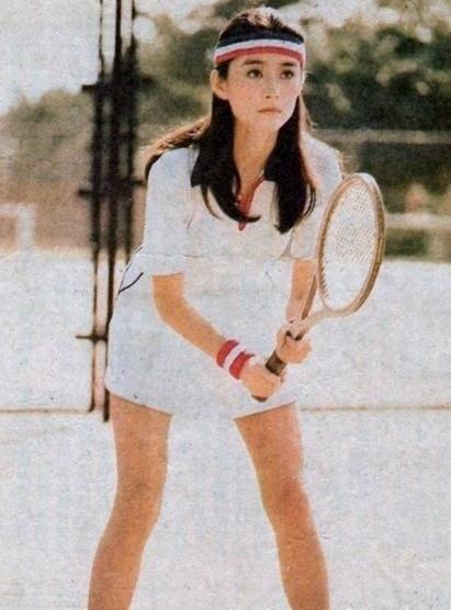 林青霞年轻时网球装曝光