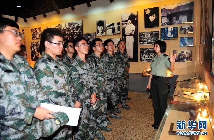 北京大学组织学生代表开展英雄部队体验实践活动