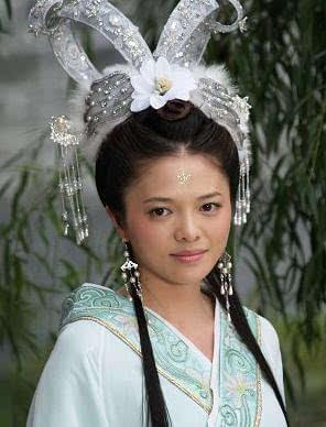 当然,也有失败的栗子…… 可是,她选择了去参演电视剧天仙配,被当时