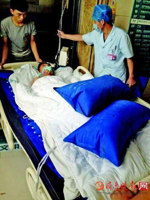 11岁男童吞下200片药昏迷五天 父患重病母离