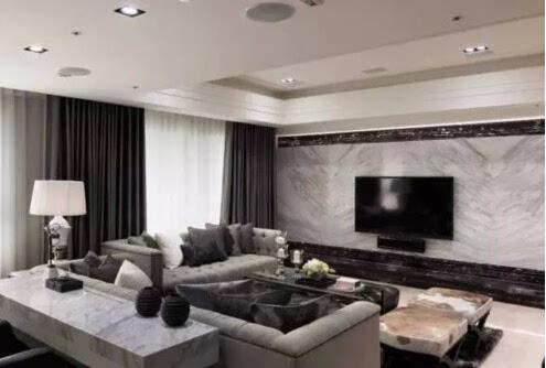 就都配黑色相框;如果是白色框电视,自然就配白边框照片墙.