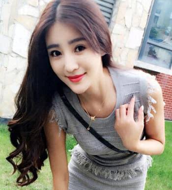 韩式发尾微卷发型图片