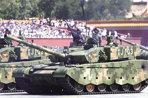 专家:99a坦克战力强 与武装直升机配合无往不胜