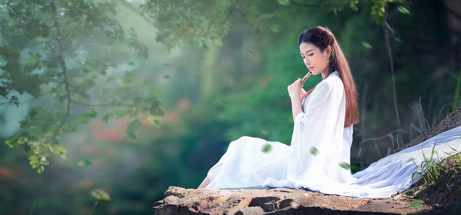 手绘森林女生唯美