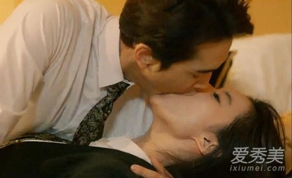 第三种爱情 刘亦菲宋承宪大尺度吻戏