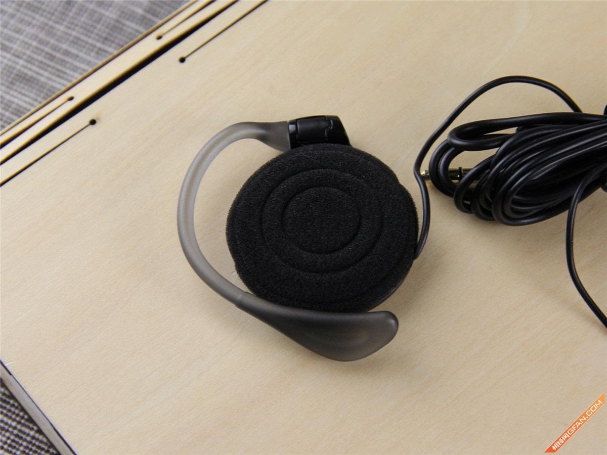 酷炫的外观设计 loevio耳挂式耳机图赏