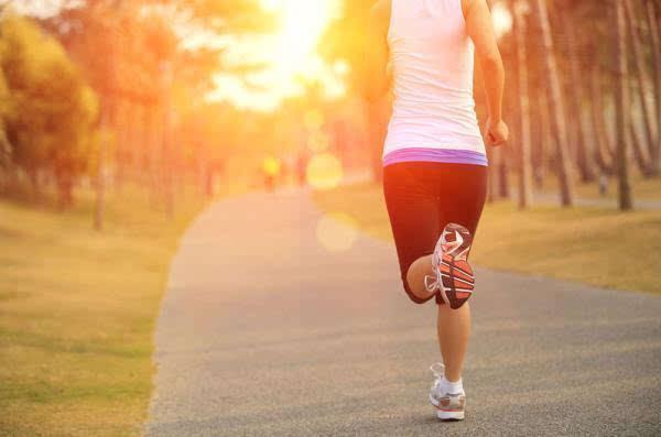 跑步速度感手绘
