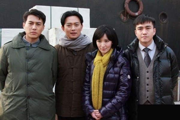 靳东的老婆李佳结婚照曝光 两人情史细节被揭秘