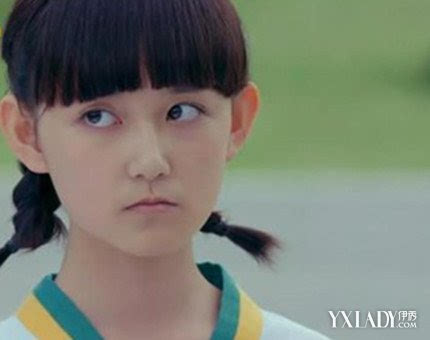 新闻 正文  在《宫缩沉香》中,蒋依依把幼年琉璃天资聪颖,活泼伶俐,又