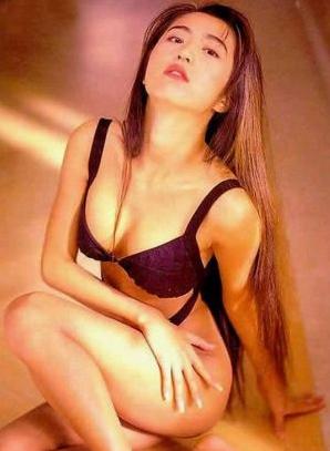 饭岛爱av视频下载_日本传奇av女星饭岛爱官方微博正式关闭 网友粉丝依依
