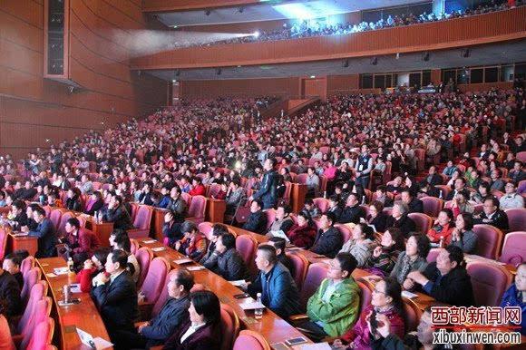 刘和刚演唱会全程电声乐队伴奏开创民歌先河