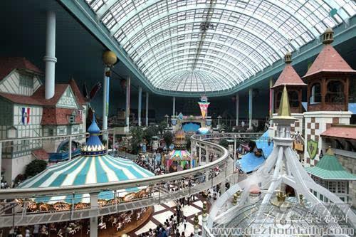 【乐天世界】 乐天世界室内游乐场 图片来源:韩国旅游发展局官网