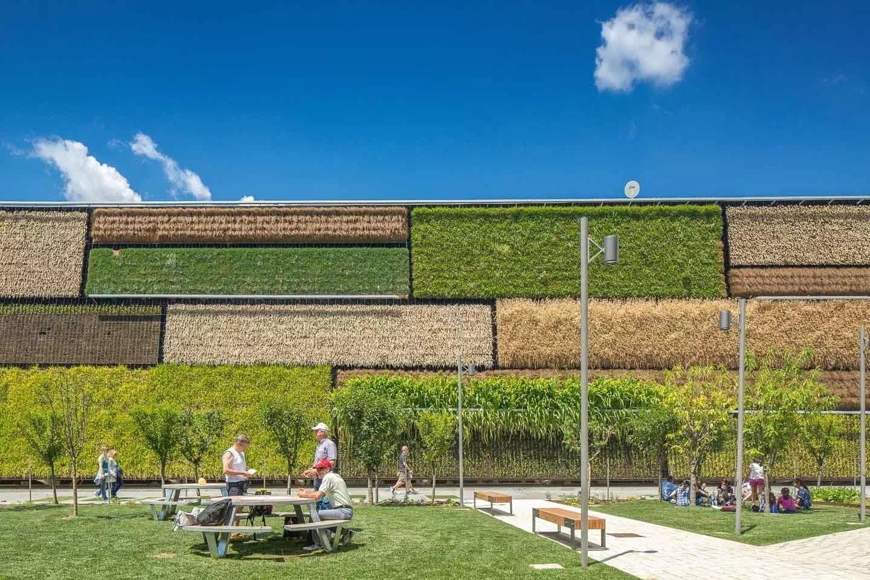 展馆设计立体化地展现了以色列在农业现代化方面所取
