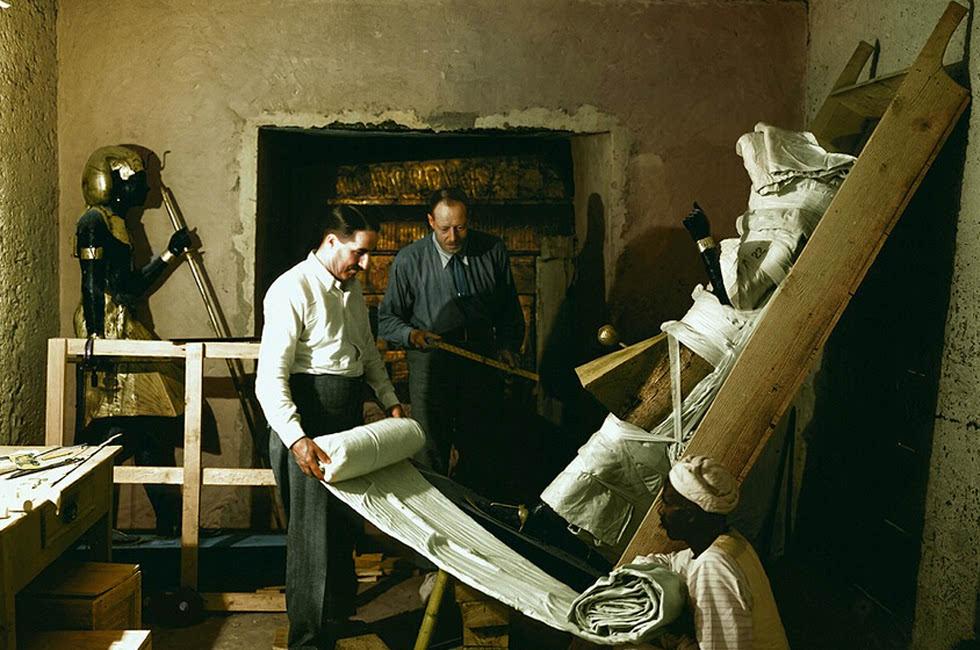 年法老图坦卡蒙墓室彩照曝光图片
