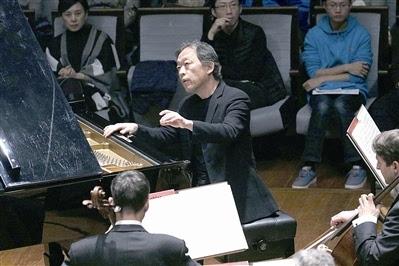 左肩的钢琴曲谱