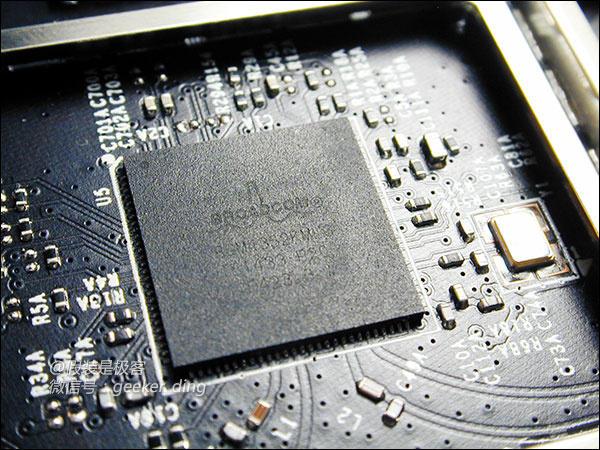 深度拆解体验小米全新路由器699元到底值不值?的照片 - 14