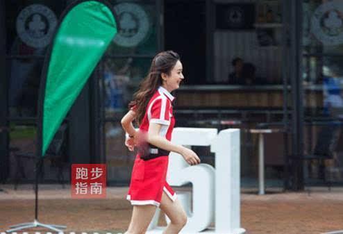 女星慢跑减肥图片