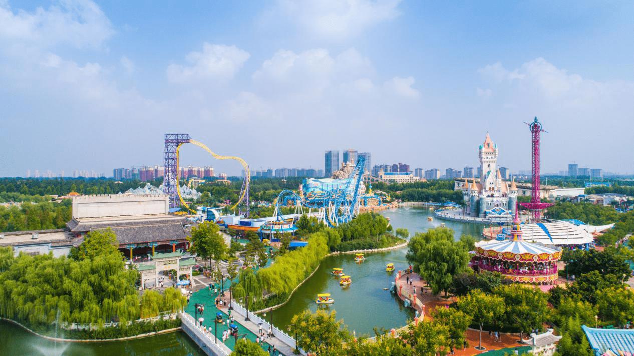 中国旅游日方特推出惠民政策,数万名游客体验欢乐之旅!
