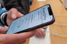 "iPhone12一夜沦为""冰点价"",库克:这是怎么了?"