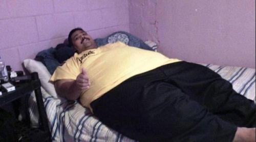 世界上最胖的人_资料365体育在线投注手机版_365体育足球比分直播_365bt体育在线:世界上最肥胖男子墨西哥人安德烈于圣诞节早晨在赴医院的路