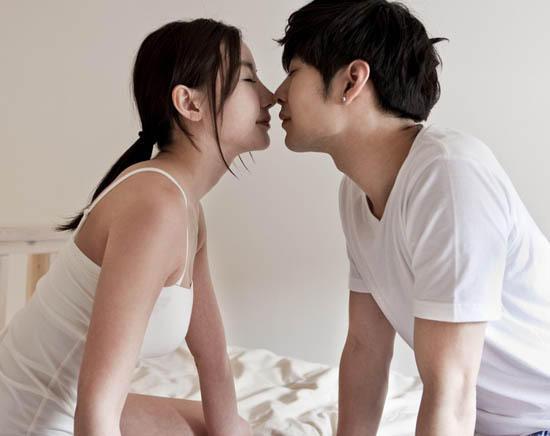 媳妇性交真实小�_我今年45岁了,每晚要和老婆做爱一次,这算正常吗?