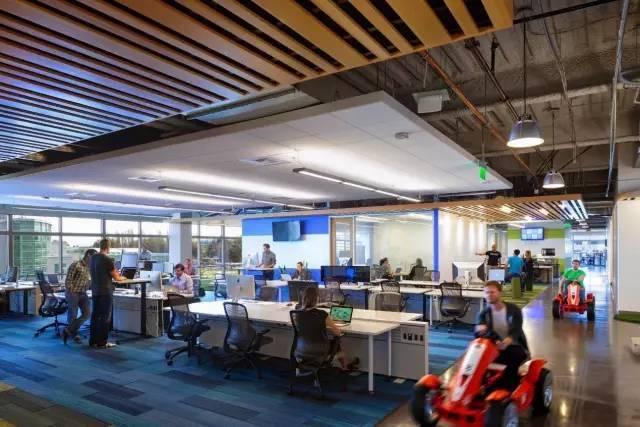 inspiring office lifestyle — godaddy硅谷办公室