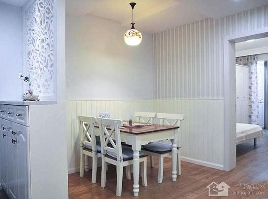 70平米小二居装修效果图:玄关背后就是餐厅,餐厅和客厅是相连的