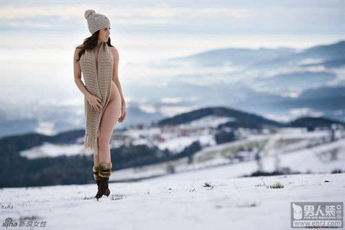 张悠雨魅惑大胆人体艺术_性感清凉 摄影师franz sauer专门拍摄过一组在冰天雪地中的人体艺术照