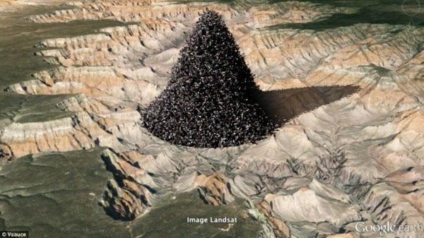 全球72亿人堆成一个立方体有多大?高度仅788米的照片 - 1