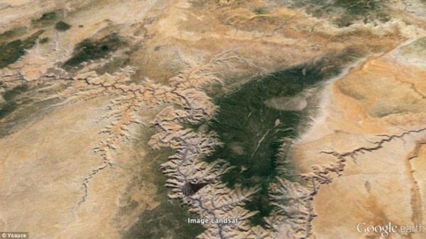 全球72亿人堆成一个立方体有多大?高度仅788米的照片 - 2