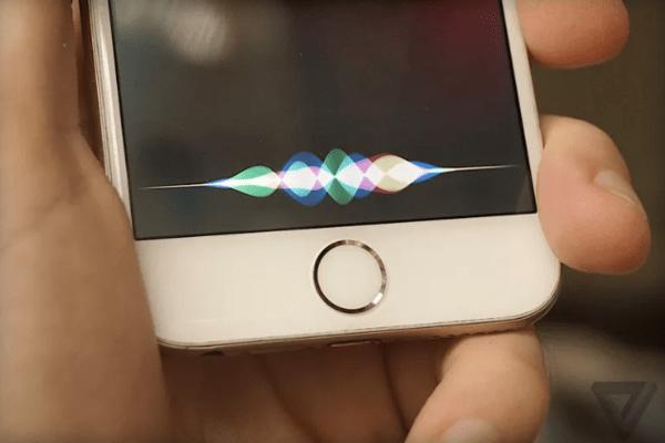"""起大早赶晚集 Siri再不变""""聪明""""一切就太迟了的照片"""
