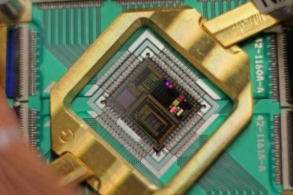 谷歌开发通用量子计算机取得重要突破的照片