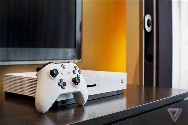 Xbox One S真机上手:体积缩小40%的照片 - 1
