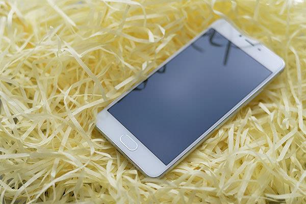 魅蓝3s上手:699元手机也有前置指纹识别啦的照片 - 2
