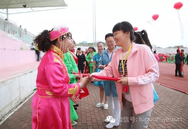 """临县答题秧歌对唱_我县举办第二届""""庆七一""""秧歌汇演-搜狐"""