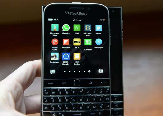 黑莓停产BlackBerry Classic 实体键盘失宠的照片
