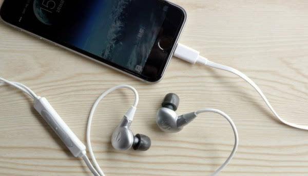 大家都在赌:iPhone Lightning耳机越来越多的照片